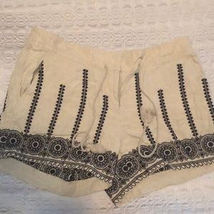 Loft Tan Linen and Black Embroidered Shorts sz 8